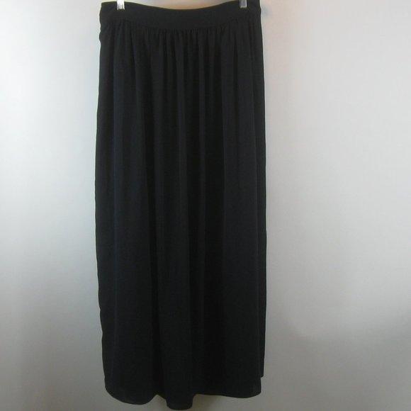 Banana Republic Dresses & Skirts - Banana Republic Navy Maxi Skirt 10